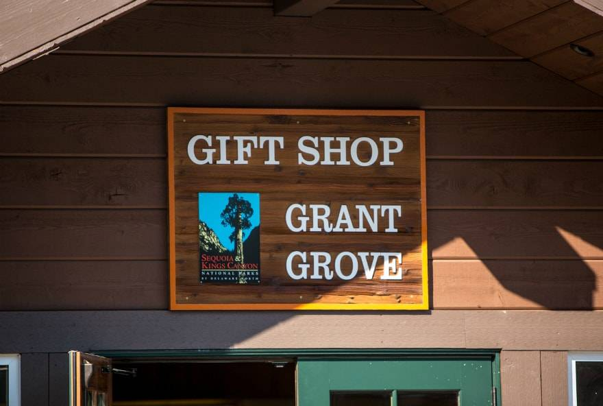 Grant Grove Gift Shop Banner